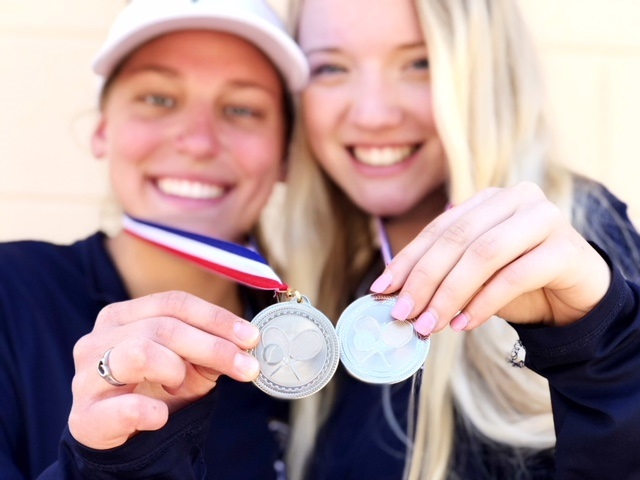 Tennis Qualifies Pair of Doubles Teams for State